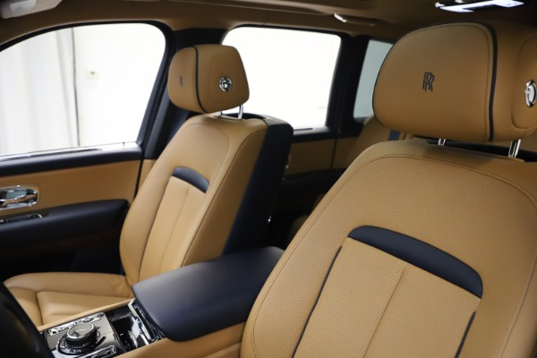 Used 2019 Rolls-Royce Cullinan for sale Sold at Bugatti of Greenwich in Greenwich CT 06830 14
