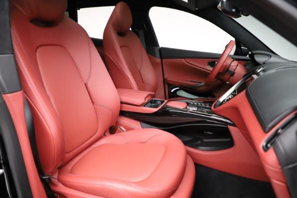 New 2021 Aston Martin DBX for sale $200,986 at Bugatti of Greenwich in Greenwich CT 06830 21