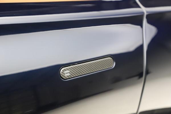 New 2021 Aston Martin DBX for sale $264,386 at Bugatti of Greenwich in Greenwich CT 06830 24
