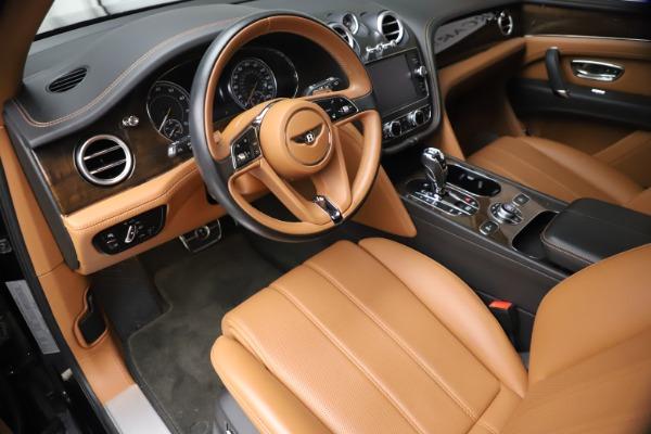 Used 2018 Bentley Bentayga Onyx Edition for sale $144,900 at Bugatti of Greenwich in Greenwich CT 06830 12