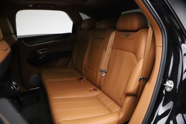 Used 2018 Bentley Bentayga Onyx Edition for sale $144,900 at Bugatti of Greenwich in Greenwich CT 06830 18