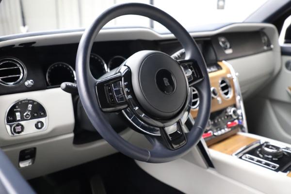 Used 2019 Rolls-Royce Cullinan for sale $349,900 at Bugatti of Greenwich in Greenwich CT 06830 13