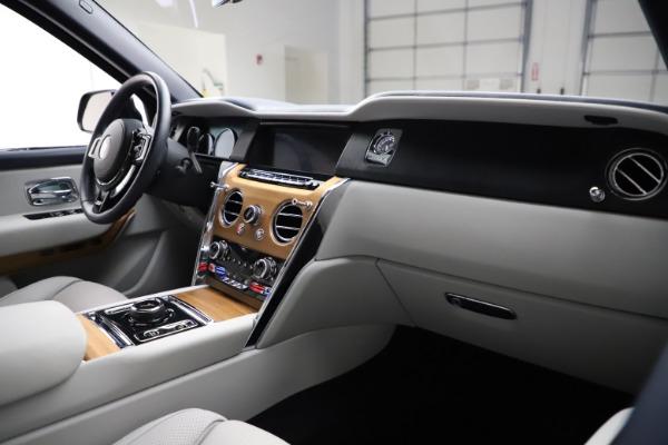 Used 2019 Rolls-Royce Cullinan for sale $349,900 at Bugatti of Greenwich in Greenwich CT 06830 14