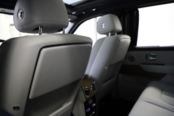 Used 2019 Rolls-Royce Cullinan for sale $349,900 at Bugatti of Greenwich in Greenwich CT 06830 19