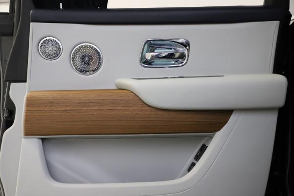 Used 2019 Rolls-Royce Cullinan for sale $349,900 at Bugatti of Greenwich in Greenwich CT 06830 21