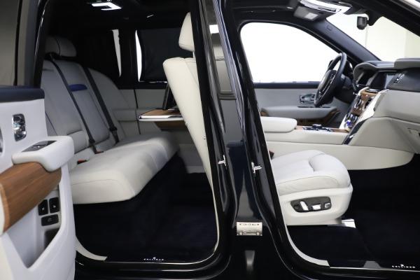 Used 2019 Rolls-Royce Cullinan for sale $349,900 at Bugatti of Greenwich in Greenwich CT 06830 23