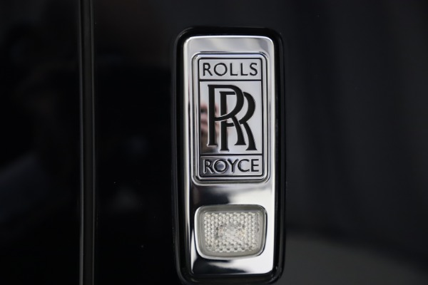 Used 2019 Rolls-Royce Cullinan for sale $349,900 at Bugatti of Greenwich in Greenwich CT 06830 24
