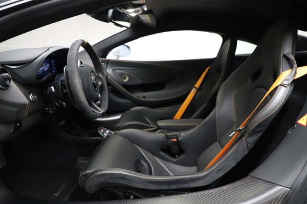 Used 2019 McLaren 600LT for sale $223,900 at Bugatti of Greenwich in Greenwich CT 06830 14