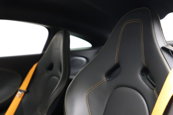 Used 2019 McLaren 600LT for sale $223,900 at Bugatti of Greenwich in Greenwich CT 06830 18
