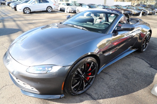 New 2021 Aston Martin Vantage Roadster Convertible for sale Sold at Bugatti of Greenwich in Greenwich CT 06830 28
