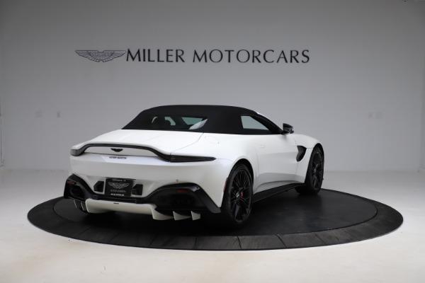 New 2021 Aston Martin Vantage Roadster Convertible for sale $189,186 at Bugatti of Greenwich in Greenwich CT 06830 24