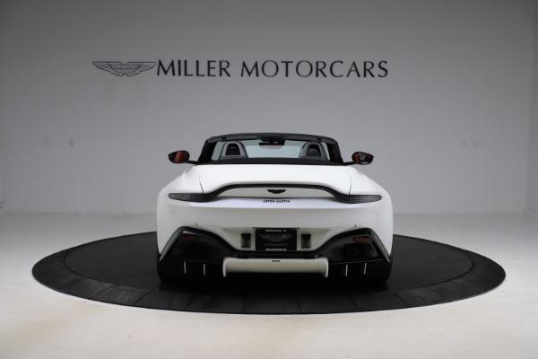 New 2021 Aston Martin Vantage Roadster Convertible for sale $189,186 at Bugatti of Greenwich in Greenwich CT 06830 5