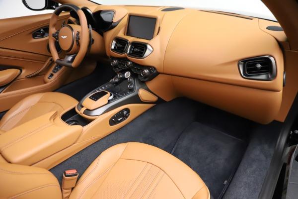 New 2021 Aston Martin Vantage Roadster Convertible for sale $205,686 at Bugatti of Greenwich in Greenwich CT 06830 19