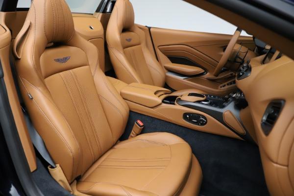 New 2021 Aston Martin Vantage Roadster Convertible for sale $205,686 at Bugatti of Greenwich in Greenwich CT 06830 21