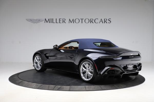 New 2021 Aston Martin Vantage Roadster Convertible for sale $205,686 at Bugatti of Greenwich in Greenwich CT 06830 26