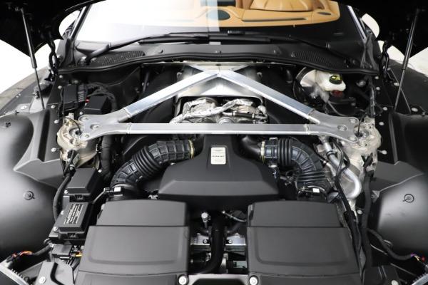 New 2021 Aston Martin Vantage Roadster Convertible for sale $205,686 at Bugatti of Greenwich in Greenwich CT 06830 28