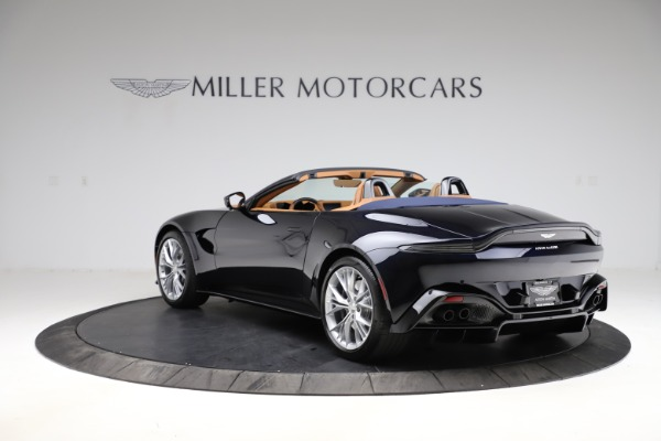New 2021 Aston Martin Vantage Roadster Convertible for sale $205,686 at Bugatti of Greenwich in Greenwich CT 06830 4