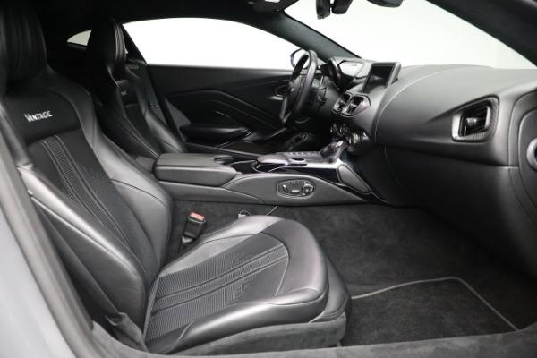 Used 2019 Aston Martin Vantage for sale $129,900 at Bugatti of Greenwich in Greenwich CT 06830 17