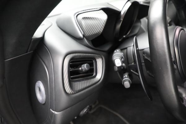 Used 2019 Aston Martin Vantage for sale $129,900 at Bugatti of Greenwich in Greenwich CT 06830 19