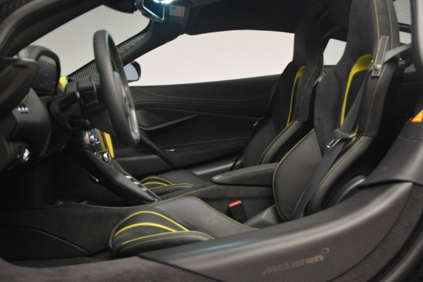 Used 2018 McLaren 720S Performance for sale $234,900 at Bugatti of Greenwich in Greenwich CT 06830 19