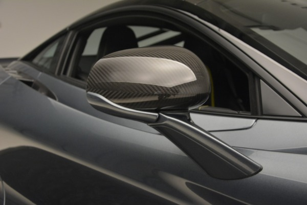 Used 2018 McLaren 720S Performance for sale $234,900 at Bugatti of Greenwich in Greenwich CT 06830 25