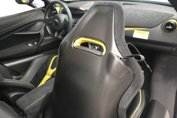 Used 2018 McLaren 720S Performance for sale $234,900 at Bugatti of Greenwich in Greenwich CT 06830 27