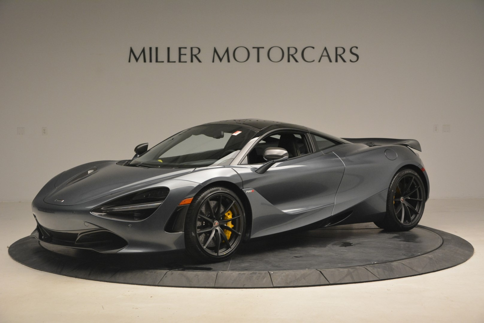 Used 2018 McLaren 720S Performance for sale $234,900 at Bugatti of Greenwich in Greenwich CT 06830 1