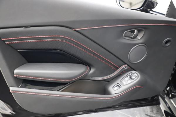 New 2021 Aston Martin Vantage Roadster Convertible for sale $189,186 at Bugatti of Greenwich in Greenwich CT 06830 16