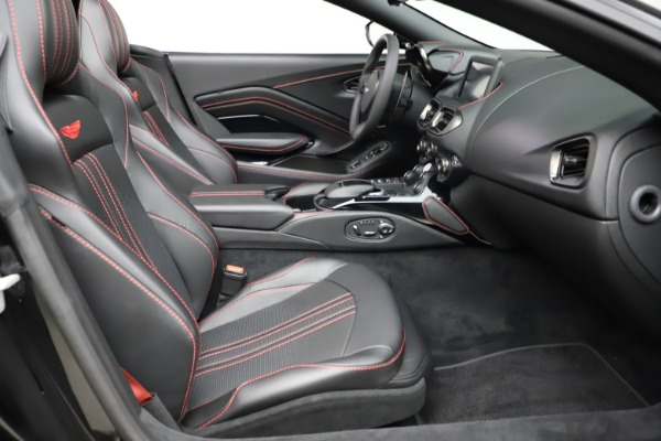 New 2021 Aston Martin Vantage Roadster for sale $189,186 at Bugatti of Greenwich in Greenwich CT 06830 19