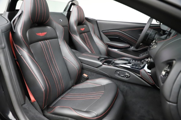 New 2021 Aston Martin Vantage Roadster Convertible for sale $189,186 at Bugatti of Greenwich in Greenwich CT 06830 20