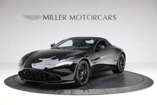 New 2021 Aston Martin Vantage Roadster Convertible for sale $189,186 at Bugatti of Greenwich in Greenwich CT 06830 27