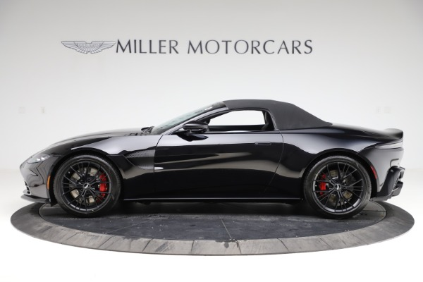 New 2021 Aston Martin Vantage Roadster for sale $189,186 at Bugatti of Greenwich in Greenwich CT 06830 28