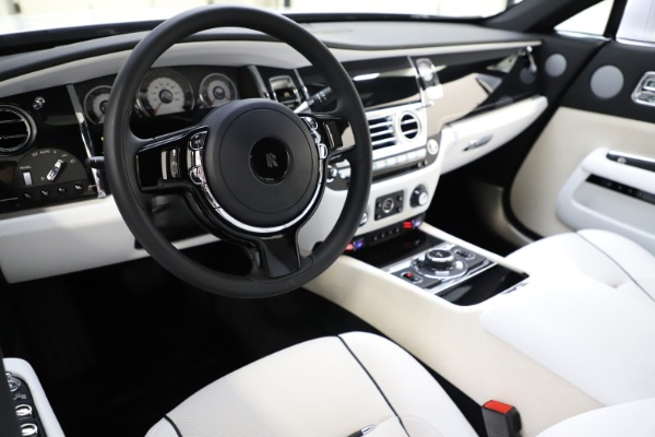 Used 2014 Rolls-Royce Wraith for sale Sold at Bugatti of Greenwich in Greenwich CT 06830 15