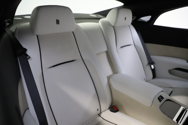 Used 2014 Rolls-Royce Wraith for sale Sold at Bugatti of Greenwich in Greenwich CT 06830 17