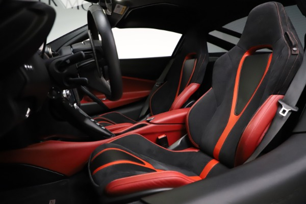 Used 2018 McLaren 720S Performance for sale $239,900 at Bugatti of Greenwich in Greenwich CT 06830 18