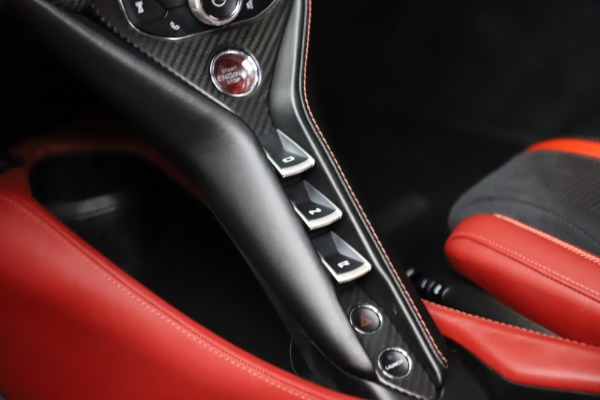Used 2018 McLaren 720S Performance for sale $239,900 at Bugatti of Greenwich in Greenwich CT 06830 21