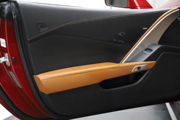 Used 2015 Chevrolet Corvette Z06 for sale $85,900 at Bugatti of Greenwich in Greenwich CT 06830 20