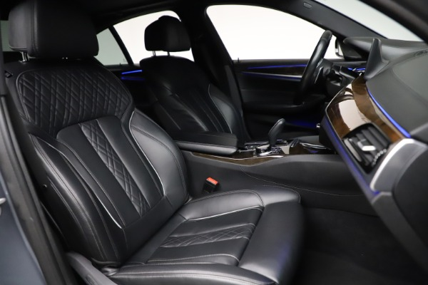Used 2018 BMW 5 Series M550i xDrive for sale $49,900 at Bugatti of Greenwich in Greenwich CT 06830 21