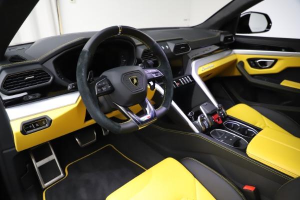 Used 2019 Lamborghini Urus for sale $249,900 at Bugatti of Greenwich in Greenwich CT 06830 13