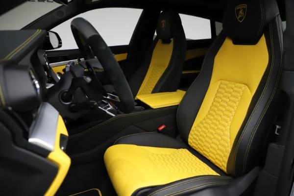 Used 2019 Lamborghini Urus for sale $249,900 at Bugatti of Greenwich in Greenwich CT 06830 15