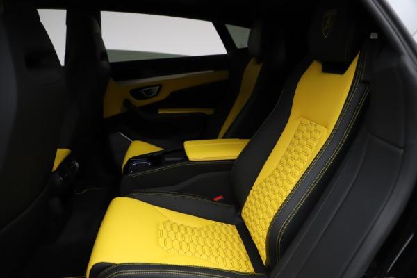 Used 2019 Lamborghini Urus for sale $249,900 at Bugatti of Greenwich in Greenwich CT 06830 19