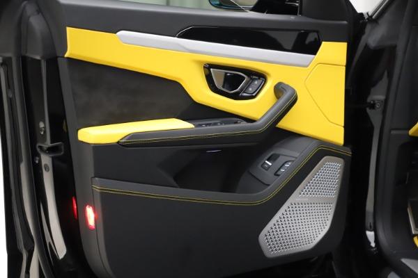 Used 2019 Lamborghini Urus for sale $249,900 at Bugatti of Greenwich in Greenwich CT 06830 20