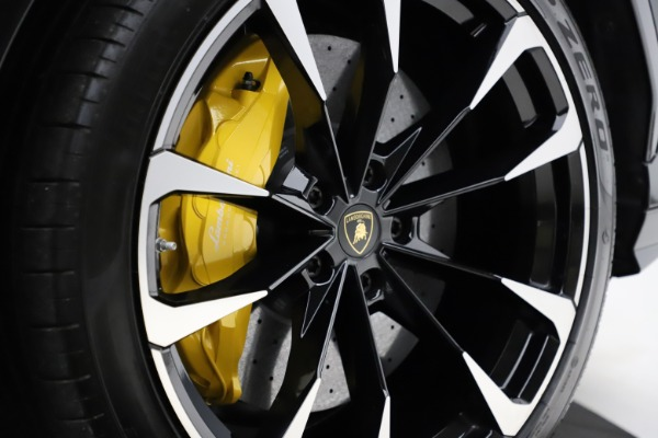 Used 2019 Lamborghini Urus for sale $249,900 at Bugatti of Greenwich in Greenwich CT 06830 28