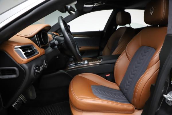 Used 2018 Maserati Ghibli SQ4 GranLusso for sale $51,900 at Bugatti of Greenwich in Greenwich CT 06830 14