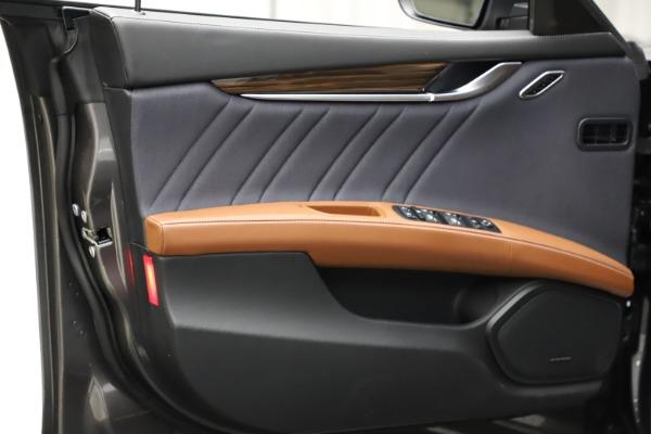 Used 2018 Maserati Ghibli SQ4 GranLusso for sale $51,900 at Bugatti of Greenwich in Greenwich CT 06830 16