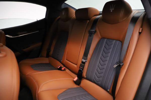 Used 2018 Maserati Ghibli SQ4 GranLusso for sale $51,900 at Bugatti of Greenwich in Greenwich CT 06830 19