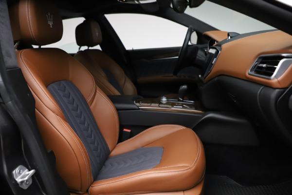 Used 2018 Maserati Ghibli SQ4 GranLusso for sale $51,900 at Bugatti of Greenwich in Greenwich CT 06830 22