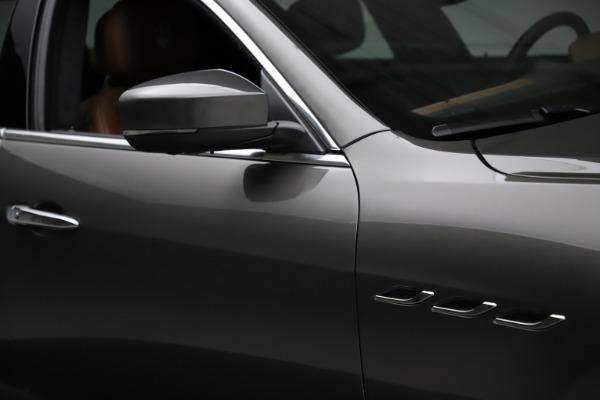 Used 2018 Maserati Ghibli SQ4 GranLusso for sale $51,900 at Bugatti of Greenwich in Greenwich CT 06830 27