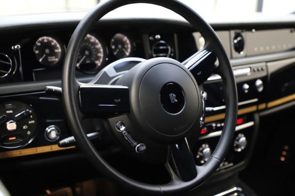 Used 2015 Rolls-Royce Phantom EWB for sale $299,900 at Bugatti of Greenwich in Greenwich CT 06830 12