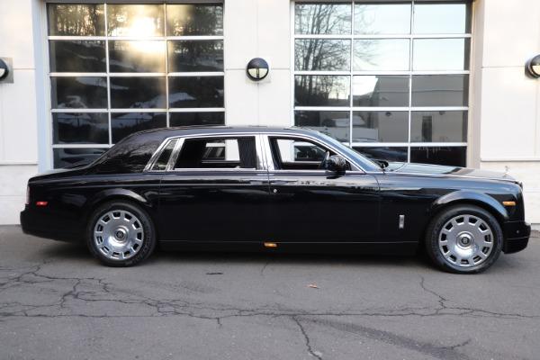 Used 2015 Rolls-Royce Phantom EWB for sale $299,900 at Bugatti of Greenwich in Greenwich CT 06830 4